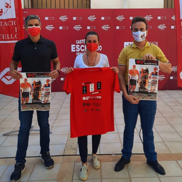 La Diputación renueva su apoyo al Infinitri Triathlon Almassora, que bate récords de participación