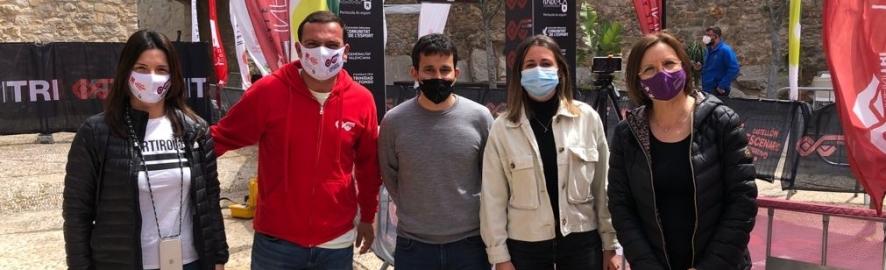 La Diputación respalda desde la 'Infinitri Half Triathlon' de Peñíscola la recuperación de las competiciones deportivas de renombre en la provincia